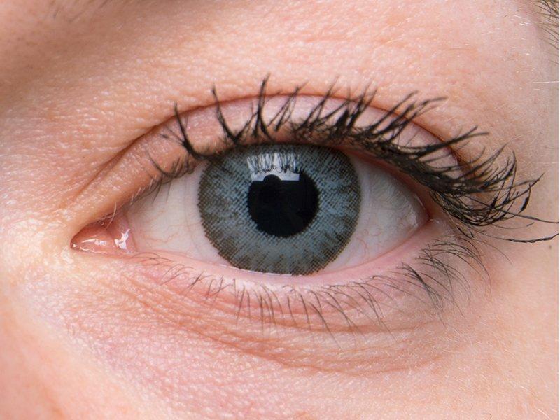 Soft grey en ojos grises