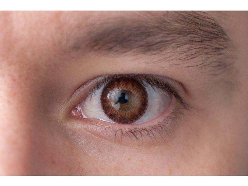 Marrón en ojos marrones